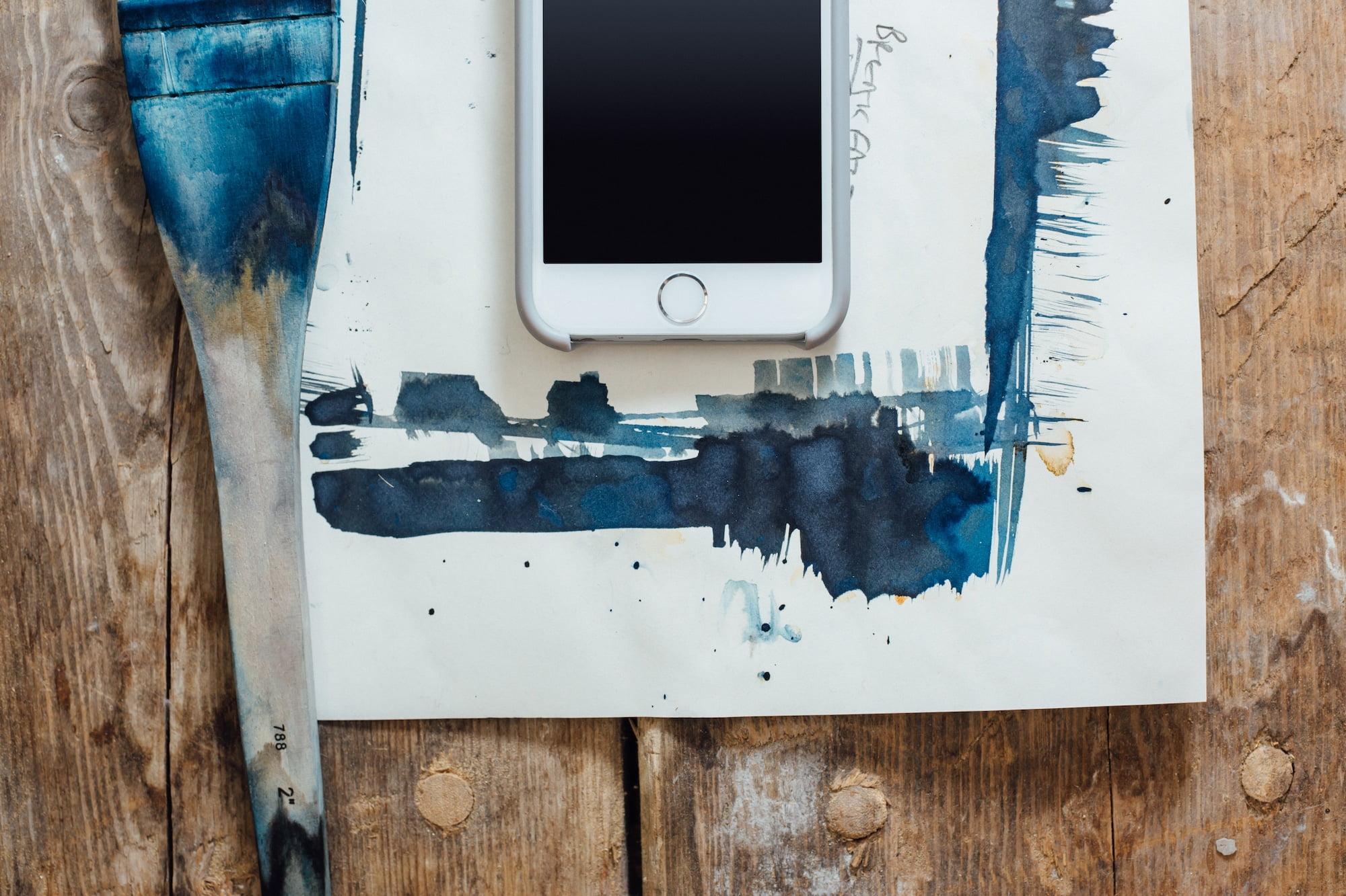 Kuinka usein kännykkä tulisi uudelleenkäynnistää?